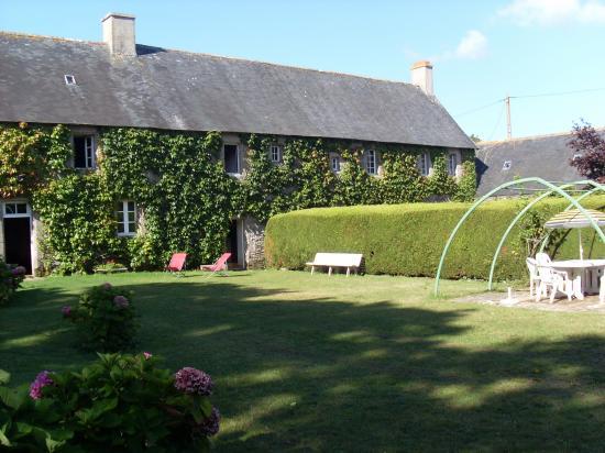 le jardin du vieux manoir