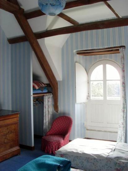chambre 2, la chambre bleue