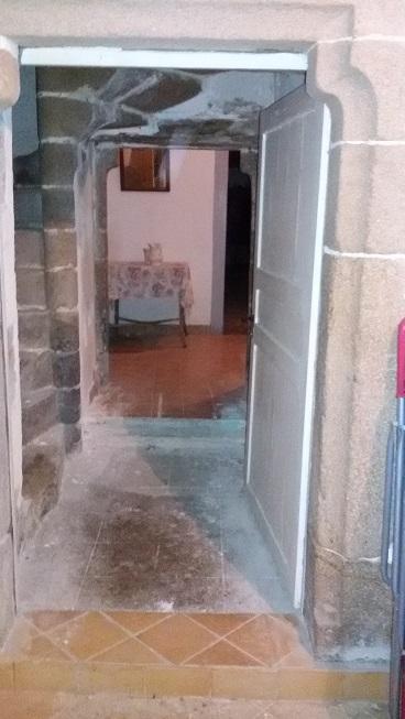 Porte escalier