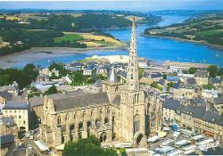 treguier-et-la-cathedrale.jpg